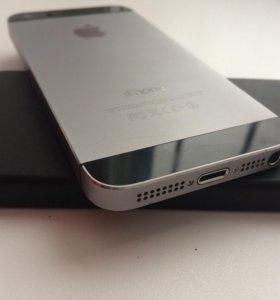 Айфон 5эс на 32