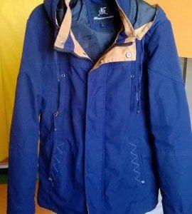 Курточка ,весна -осень .