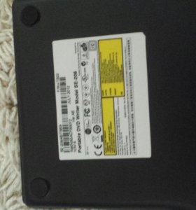 CD DVD привод на ПК