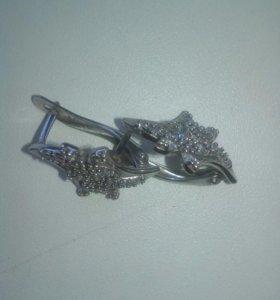 Серьги серебреные не ношены.3.54гр