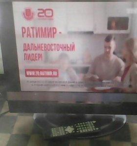 ЖК Телевизор Рольсен модель 20 х 31 с Пультом