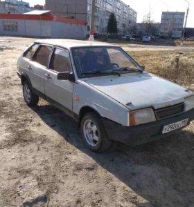 Машина ВАЗ 2109