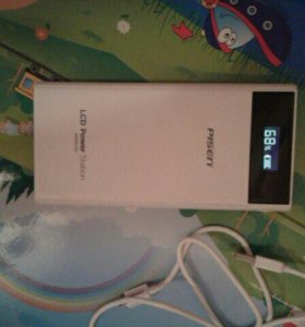 Новый внешни аккумулятор для телефона на 2000 мАч