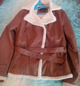 Куртка женская 48-50 размер