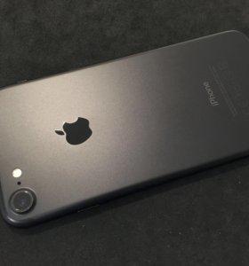 iPhone 7 32GB Black РСТ