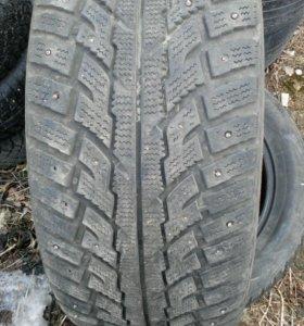 Зимние шины kumho255/50r19