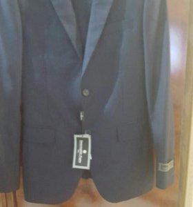 Пиджаки и костюмы