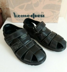 Кожаные сандали КОТОФЕЙ