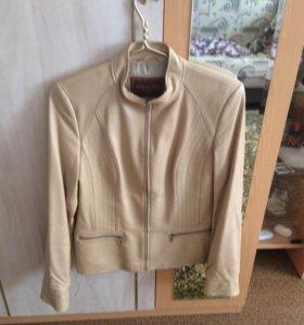 Куртка для женщин