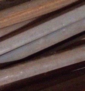 Уголки стальные; трубы стальные