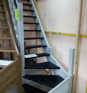 Лестница(распродажа)смена выставки