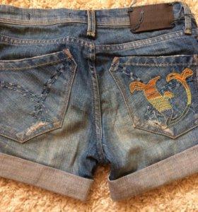Шортики джинсовые почти новые!