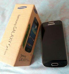 Смартфон Samsung Galaxy s4 mini duos