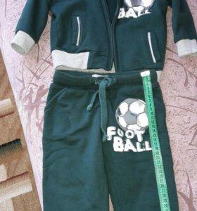 Спортивный костюм GeeJay 12-24 мес.