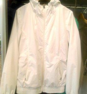 Куртки,ветровки,кофты 42-44,два свитера
