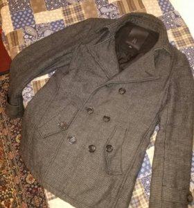 Пальто мужское стильное