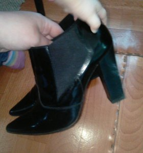 Басаножки,туфли.