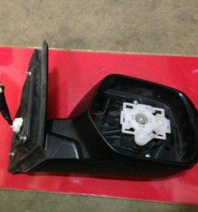Правое зеркало Honda CR-V