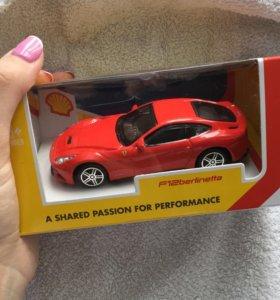 Модель автомобиля Ferrari f12 berlinetta