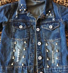 Новая джинсовая куртка на девочку
