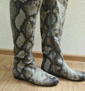"""Кожаные сапоги """"под змею"""". Весна-осень. Размер 38"""