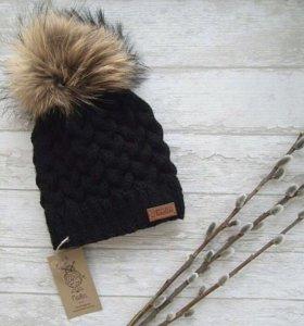 Новая вязаная тёплая шапка