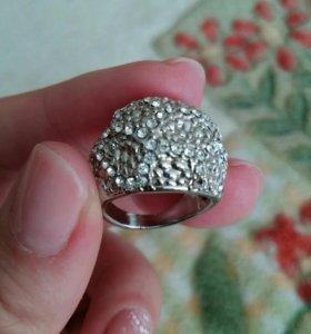 Бижутерия-кольцо