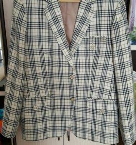 Мужской пиджак в полоску