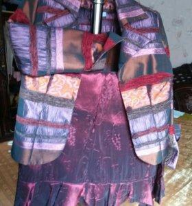 Дизайнерский жакет с юбкой восьмиклинкой