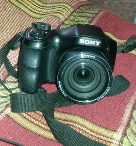 Фотоапарат Sony, сумка для Фотоапарата и зарядка