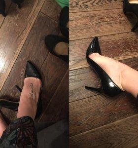 Туфли ,босоножки