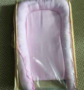 Кокон матрасик в кроватку и коляску