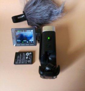 Цифровая видеокамера ZOOM Q4