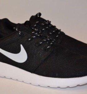 Новые модные кроссовки NIKE Roshen