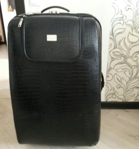 Большой чемодан из эко-кожи