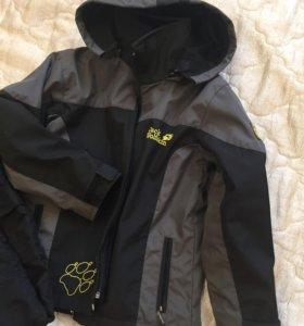 Куртка/ветровка на флисовой поддеве 122-128