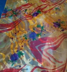 Шифонофая ткань с прожилками атласа