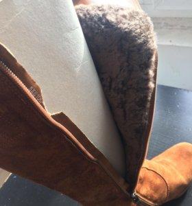 Новые замшевые сапоги