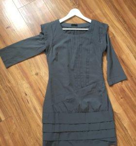 Платье серое S