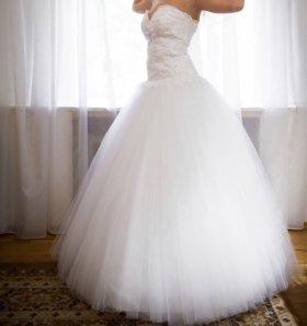 Платья свадебное ,блестящее