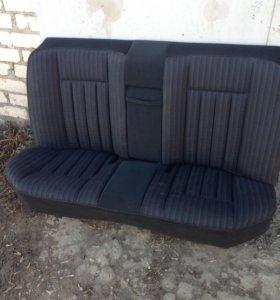 W124 зад. сиденье