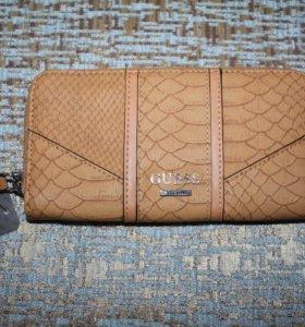 Новый кошелёк Guess из Нью-Йорка