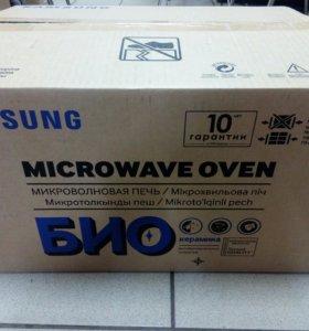 Микроволновая печь Samsung ME83