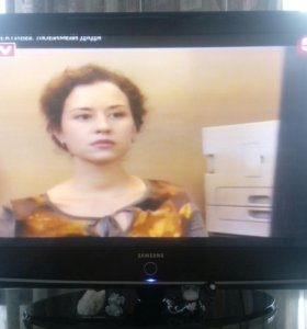 Телевизор-самсунг