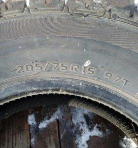Продам шину 205/75 р15