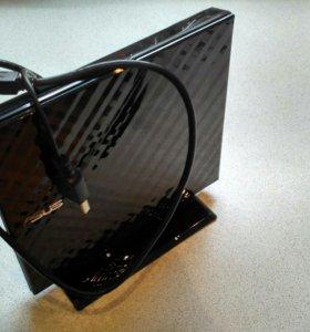 Продам внешний DVD-RW привод, новый, без коробки.