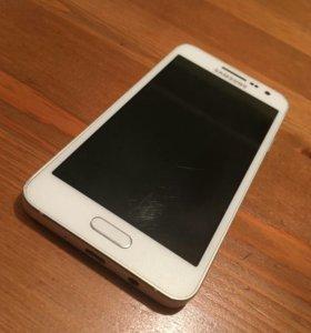Продам телефон самсунг А3