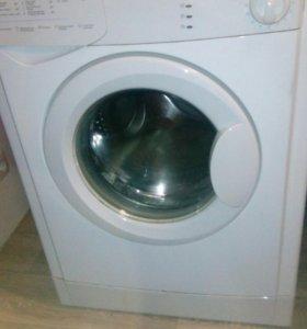 Машинка стиральная Индезит. Ремонт или на запчасти