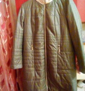 Продам новое пальто синтепоновое