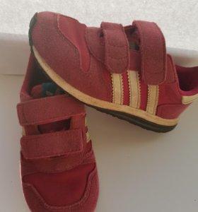 Кросовки детские adidas 25р-р